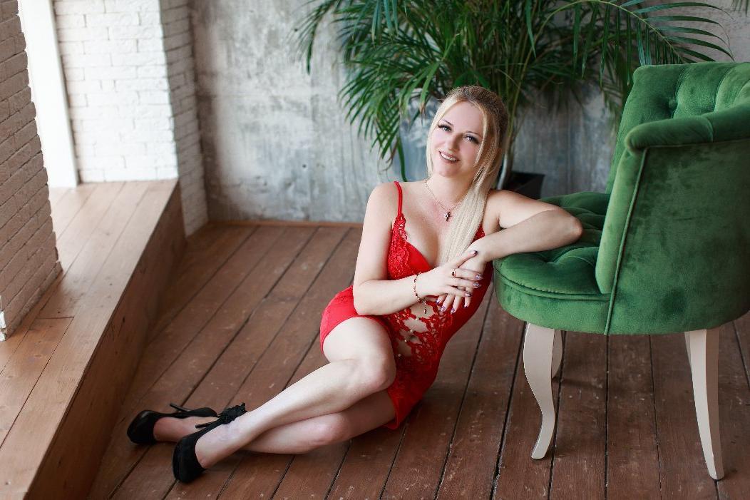 Проститутка Астра, 21 год, метро Международная